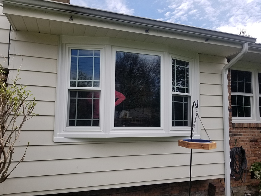 Window Mania installed a bow window in a home in Sinking Spring PA